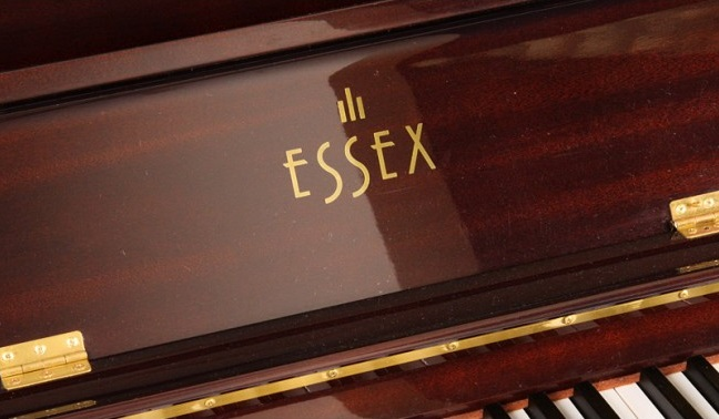 piano Essex đời cũ