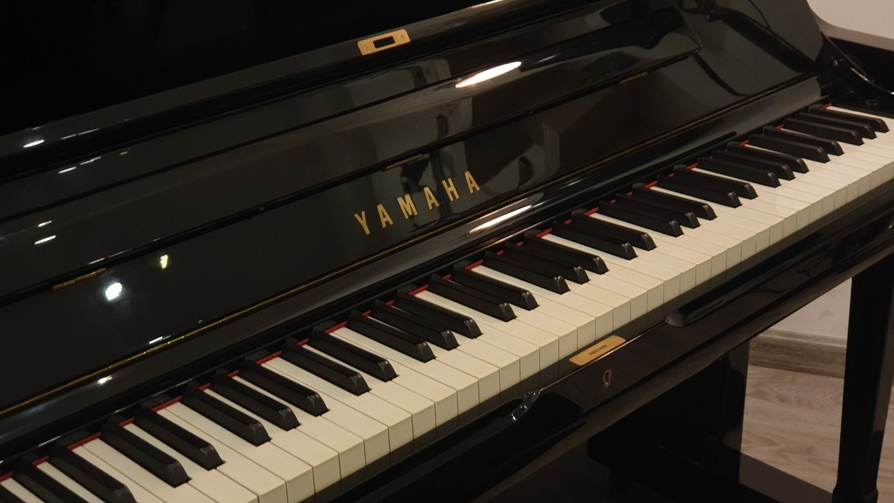 Yamaha SU7 Piano Forte Vn