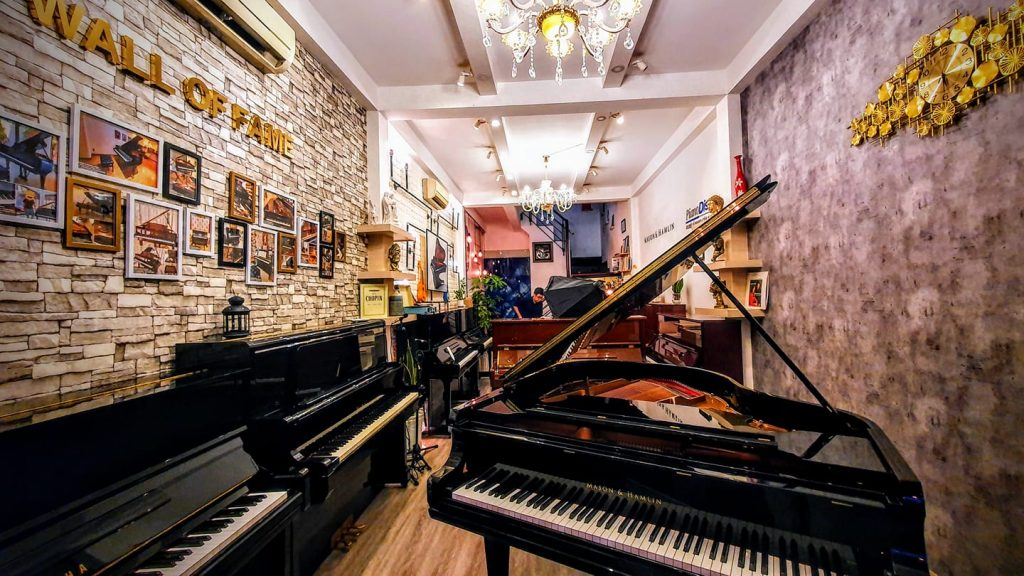 Showroom piano Forte Việt Nam